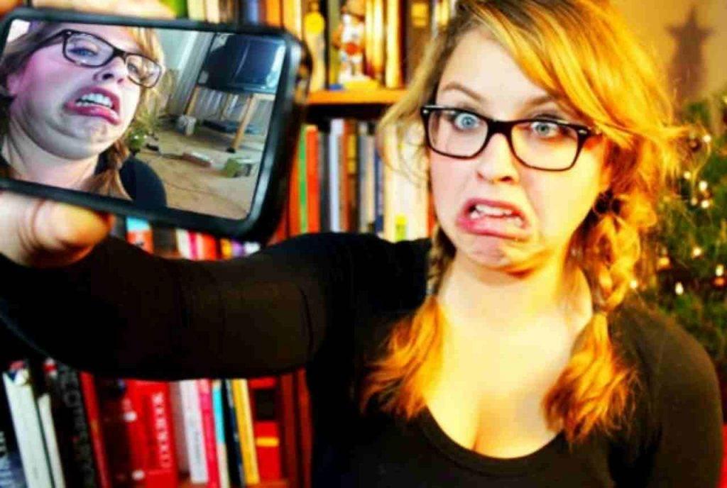 10 errori comuni nei selfie e nelle foto