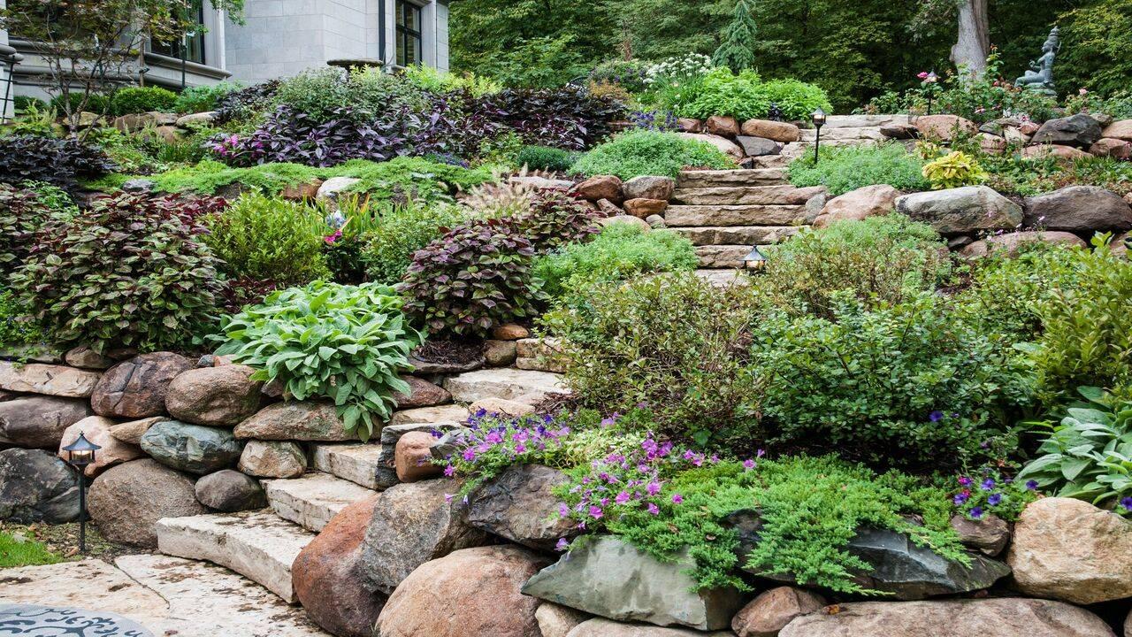 spesso Come decorare il giardino con la pietra naturale: 3 idee semplici TF77