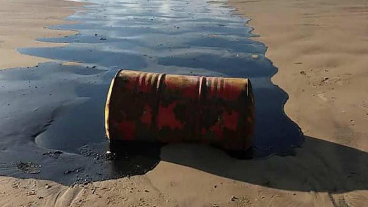 macchie petrolio brasile