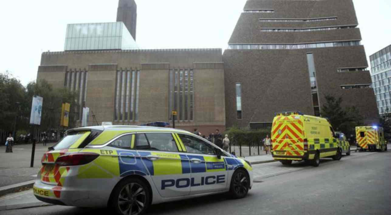 Tate Modern, bambino buttato giù dalla terrazza: aggressore condannato a 15 anni