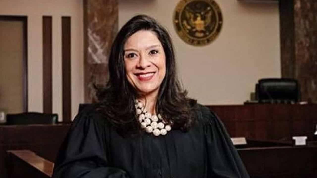 assassinato figlio giudice caso Epstein