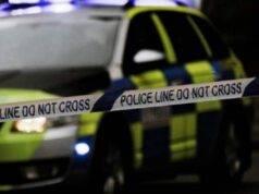 Tragedia a Londra, Gru cade sulle case: quattro feriti e un morto