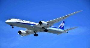 Voli aerei, dietrofront sulle linee guida: confermato il bagaglio in cappelliera