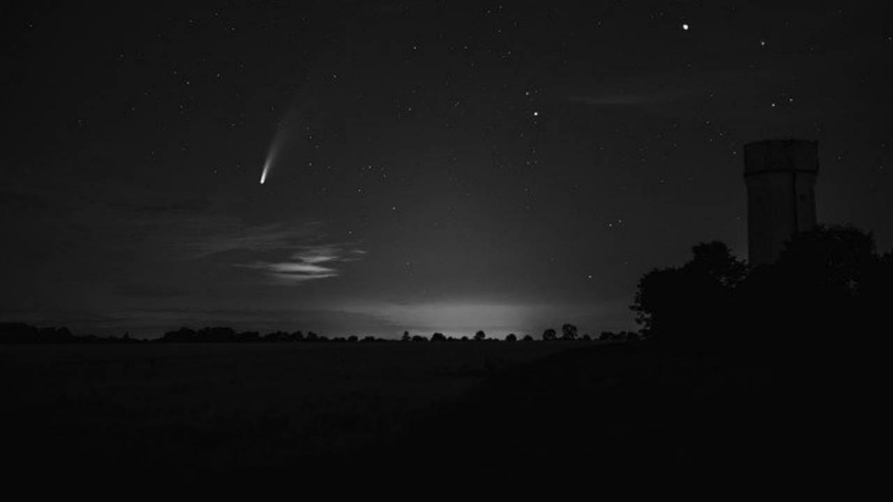 Cometa Neowise: come e quando vederla nei cieli lombardi