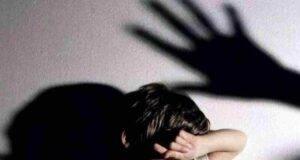 """""""Andrebbero ammazzate"""", 23 indagati per frasi e insulti contro le maestre di Grosseto"""