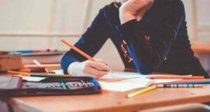 Scuola riapertura settembre, test sierologici su bidelli e docenti