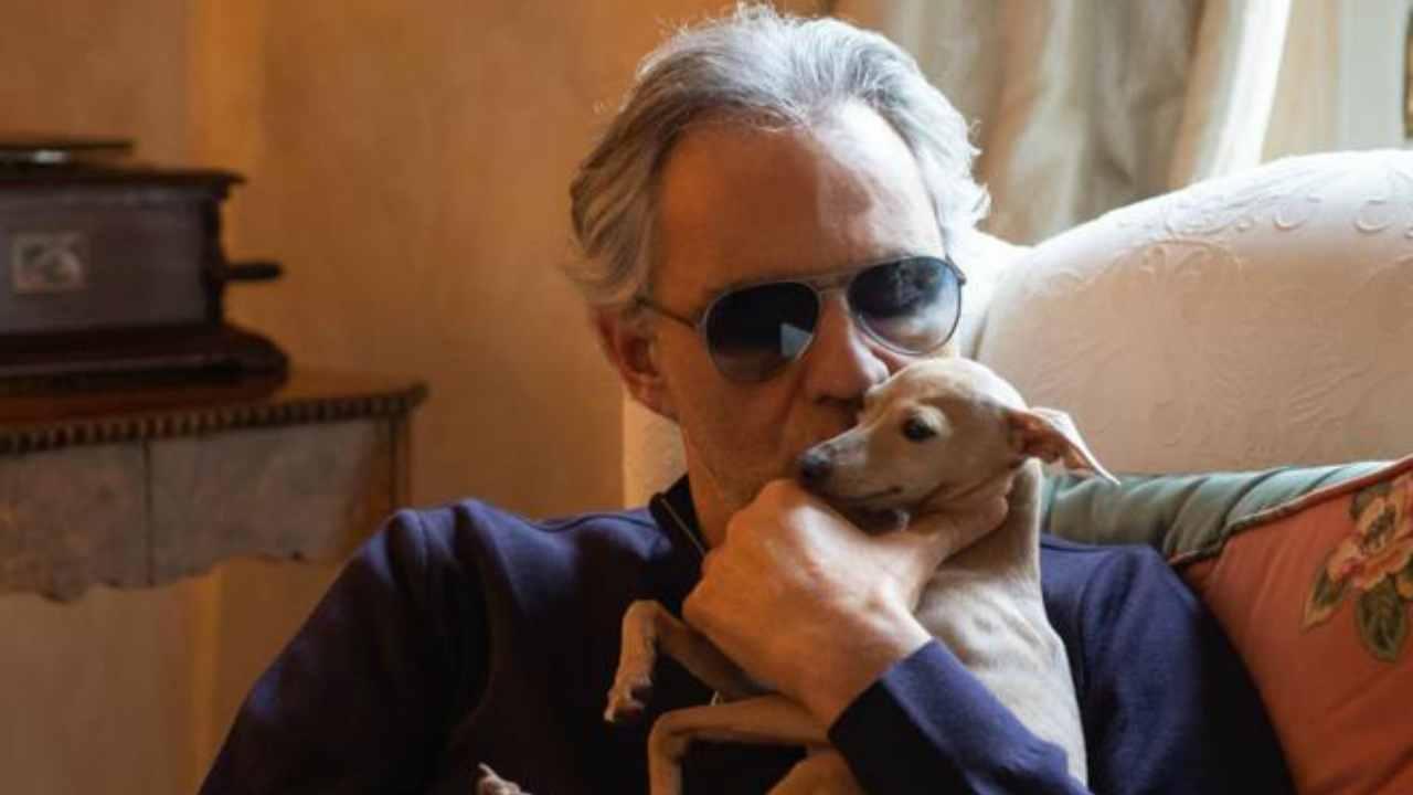 Andrea Bocelli cane scomparso