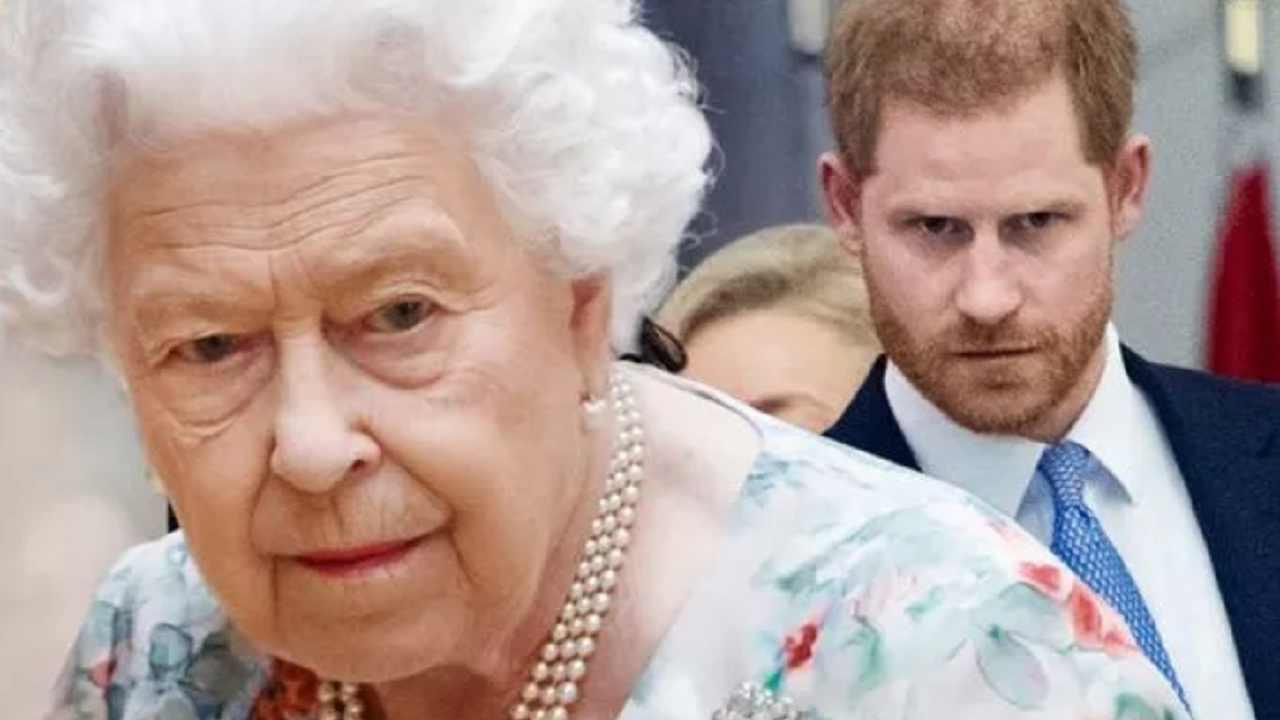Regina elisabetta II principe harry
