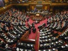 Il Parlamento si ferma per 3 settimane