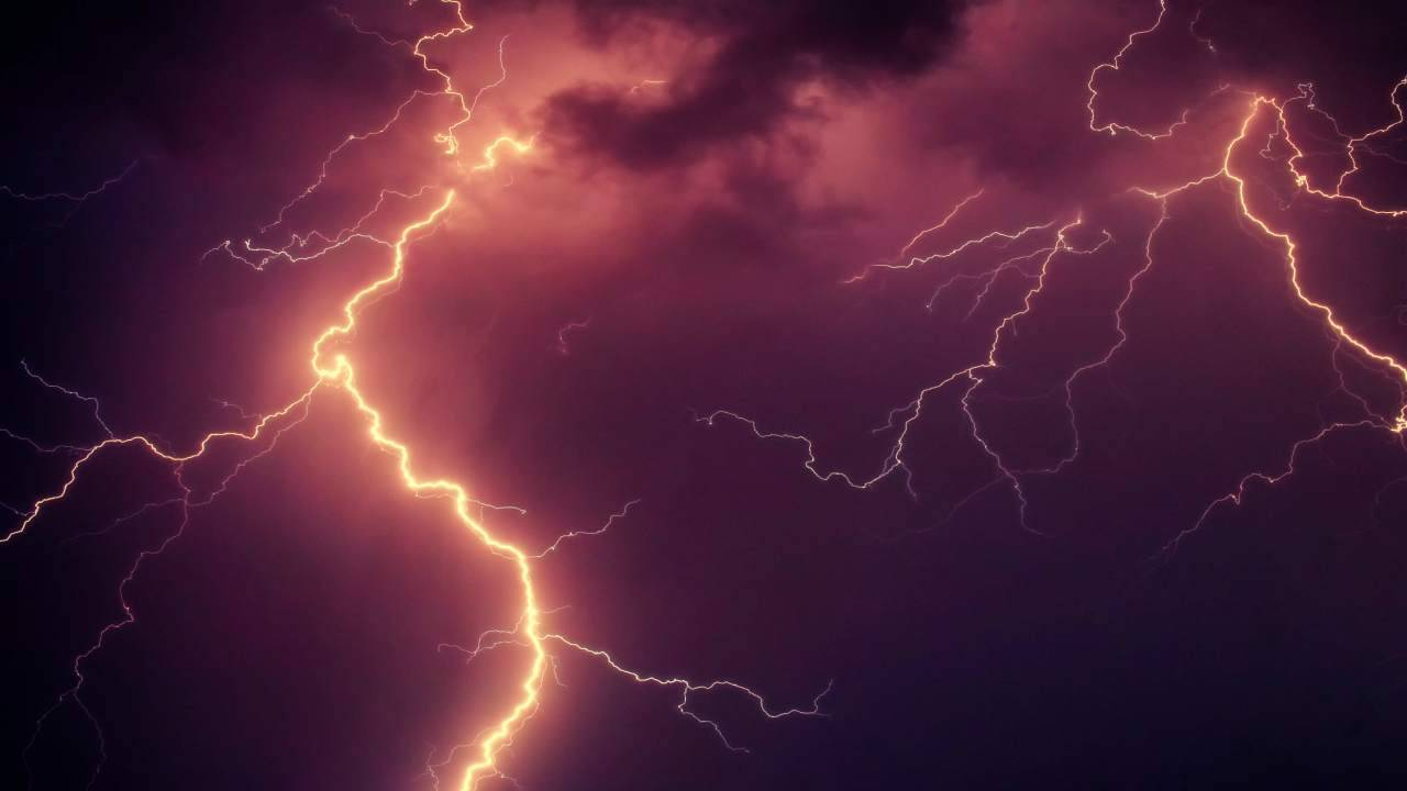 fulmine colpisce funicolare Lourdes