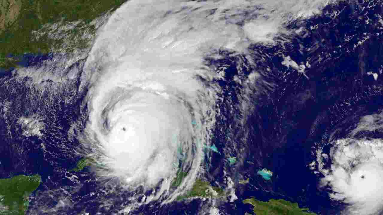 uragano laura