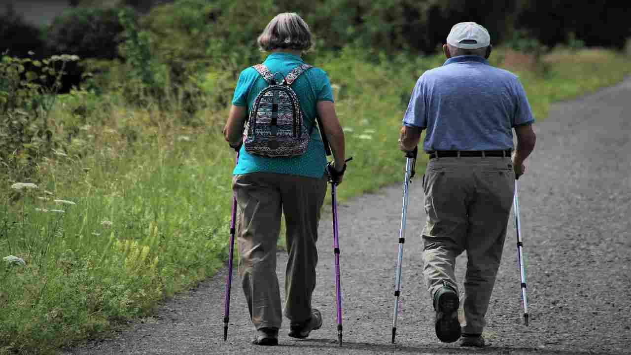 camminare rallenta invecchiamento cerebrale