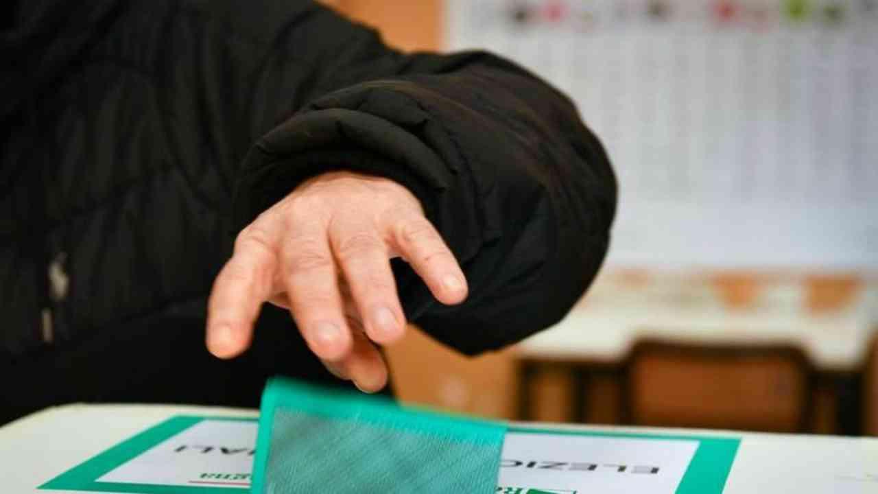 elezioni priorità agli anziani