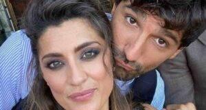 Elisa Isoardi bacio