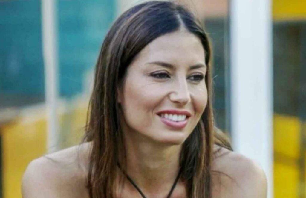 Elisabetta Gregoraci, il web chiede la sua espulsione