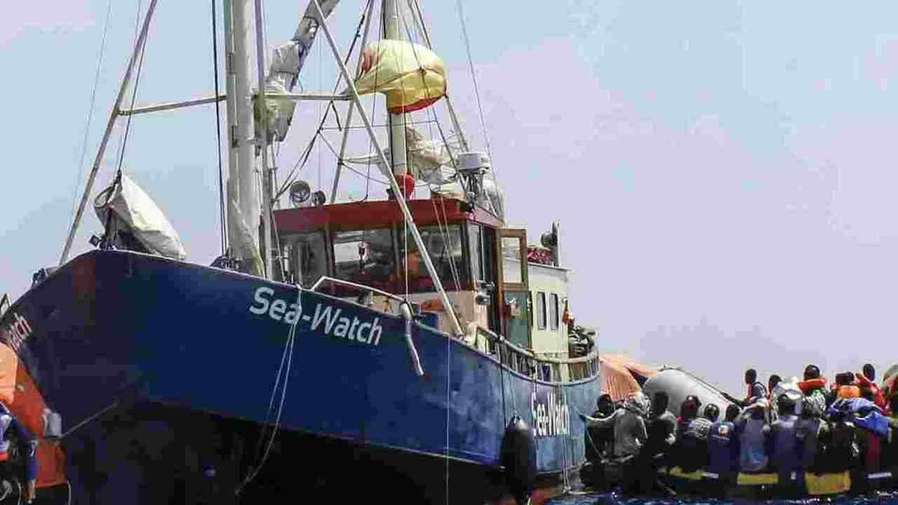 sea watch 4 sequestrata