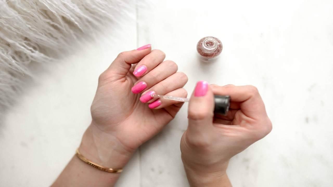 6 rimedi per unghie suito più lunghe