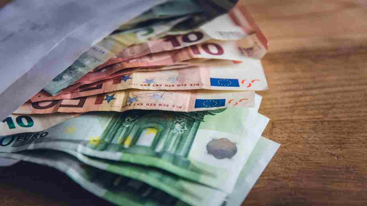 assegno inps 2.000 euro