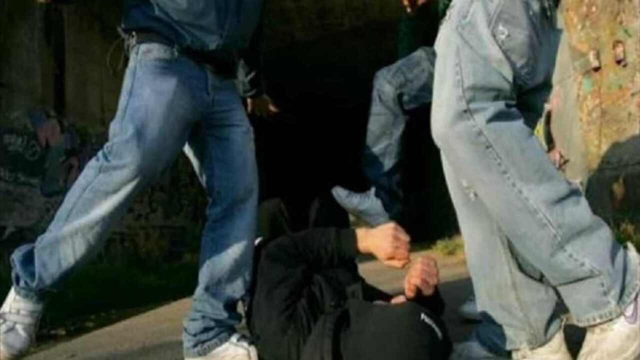aggressione roma 28enne perde occhio
