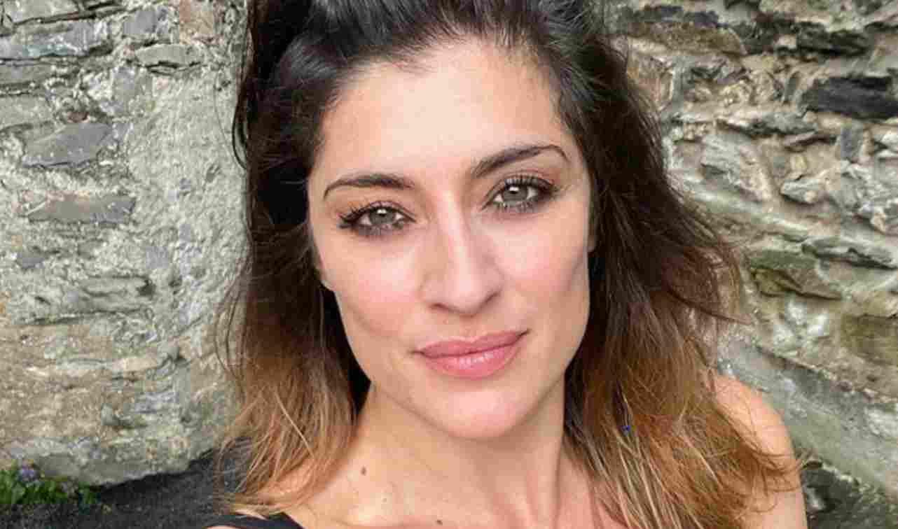 Elisa Isoardi, lo scatto in pigiama lascia senza parole