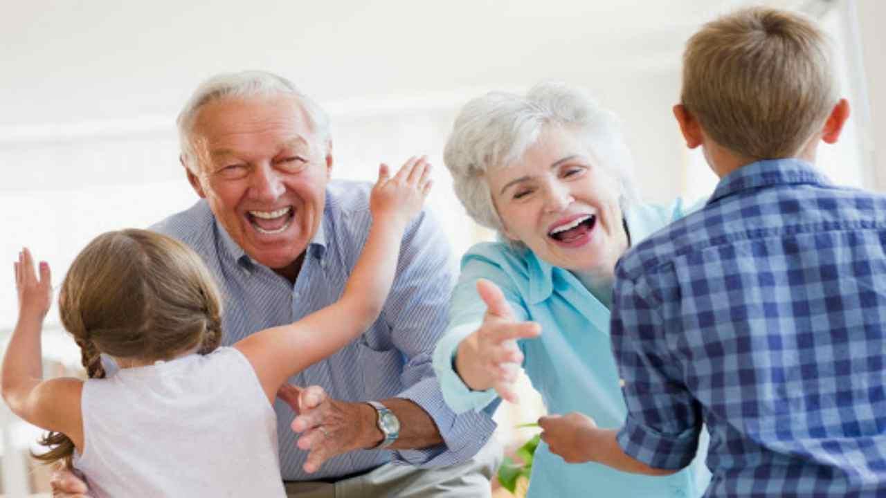 Festa dei nonni, perché si celebra il 2 ottobre? Significato e curiosità