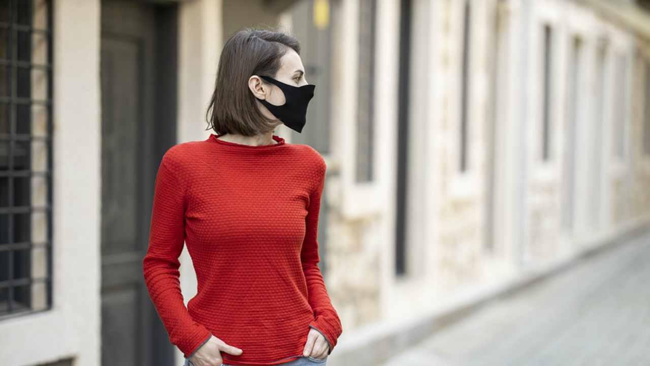 Nuovo Dcpm, multe salate per chi non indossa la mascherina all'aperto: riunione prevista oggi 7 ottobre