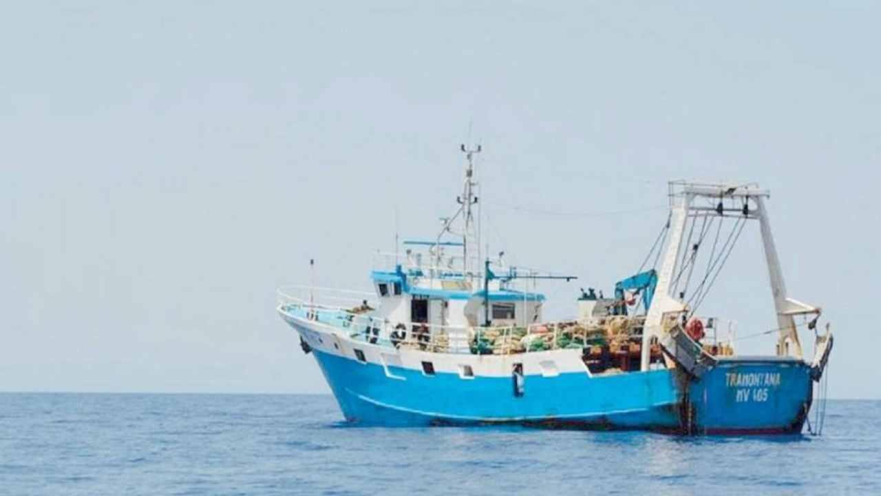 """Pescatori in Libia, preoccupazione e allarme. L'armatore: """"Tra loro ci sono diabetici, non abbiamo notizie"""""""