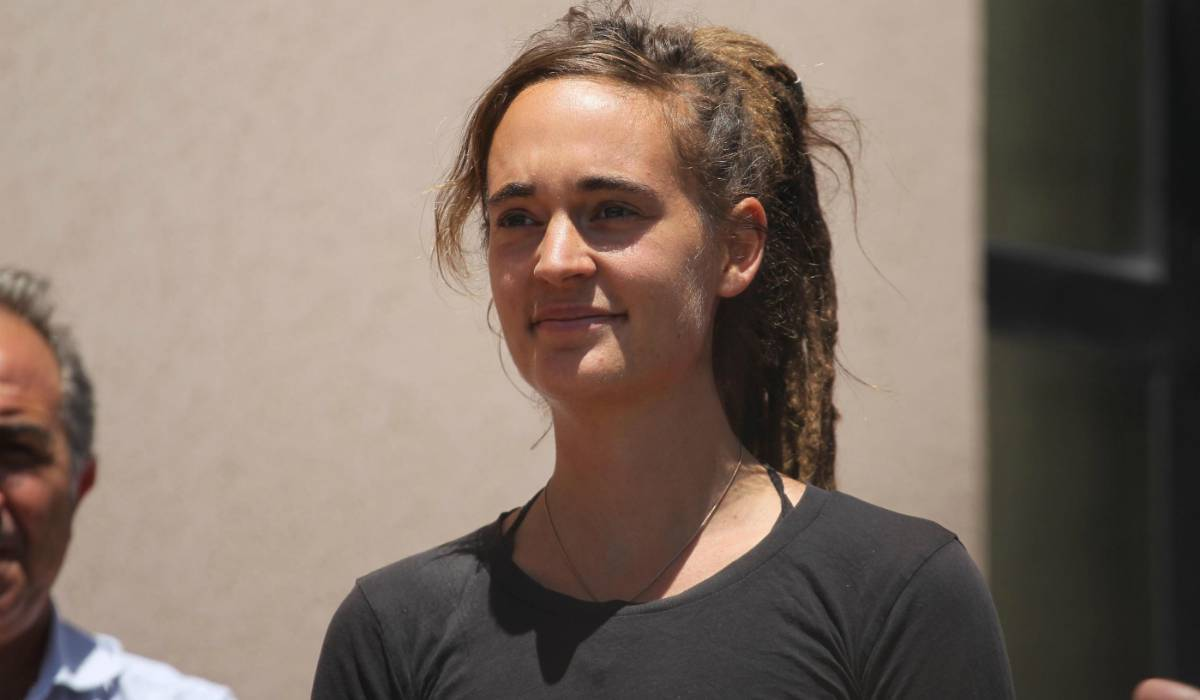 Carola Rackete, l'arresto dopo lo scontro con la Polizia insieme ad altri attivisti