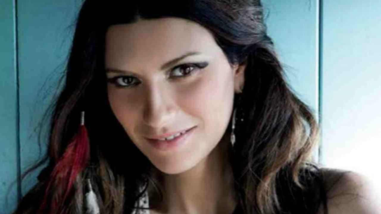 Laura Pausini foto nuda