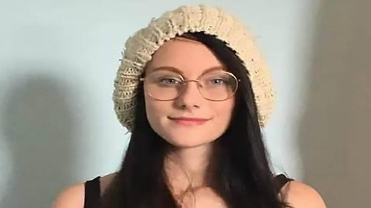 Ragazza di 16 anni trovata morta nel bosco, svolta nel caso: marito della cugina a processo