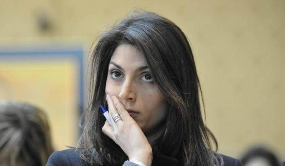 """Virginia Raggi, il sindaco di Roma positivo al coronavirus: """"Tutto bene, lavoro da casa"""""""
