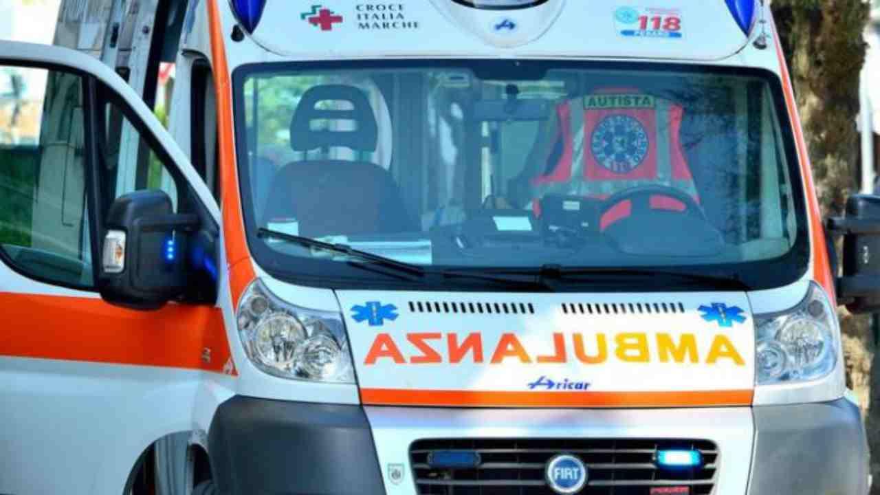 incidente foggia morti due giovani