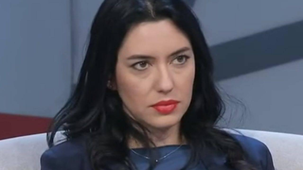 """Scuola, Ministro Azzolina contro il Governatore della Puglia Emiliano: """"L'ordinanza sia ritirata o corretta"""""""