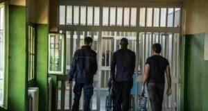agenti condannati