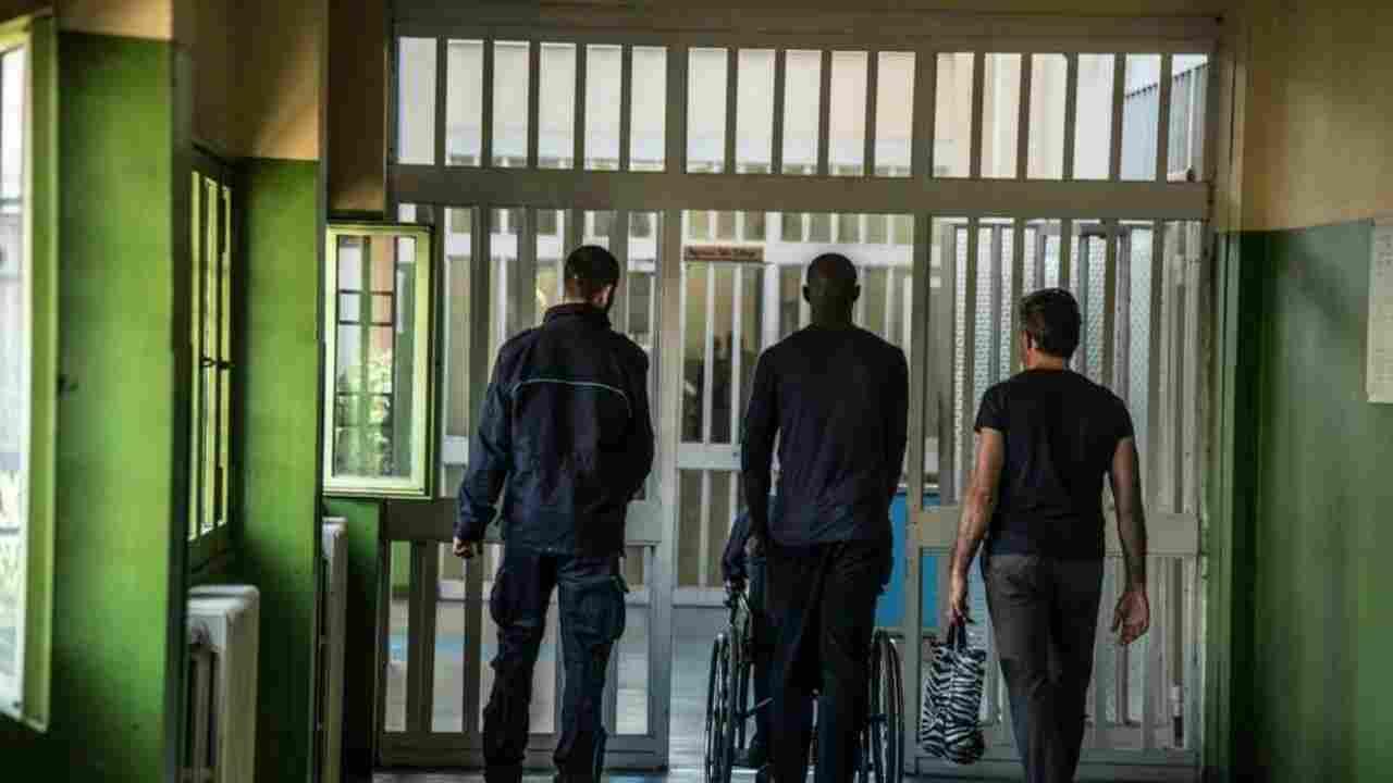 Denis Verdini condannato in Cassazione: l'ex senatore si costituisce al carcere di Rebibbia