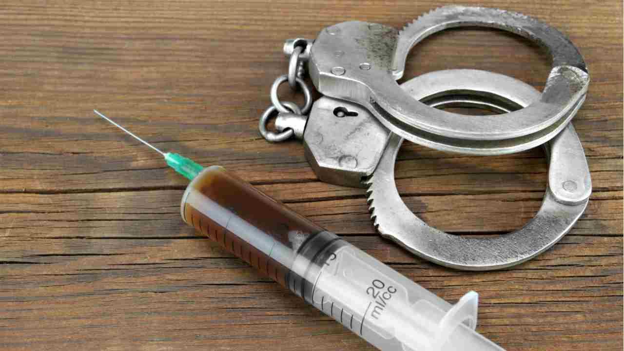 Iniezione letale, medico indagato