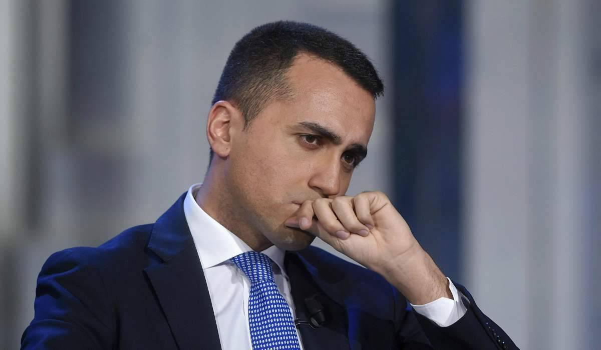 "Luigi Di Maio in diretta Facebook: ""Situazione grave, basta polemiche"""