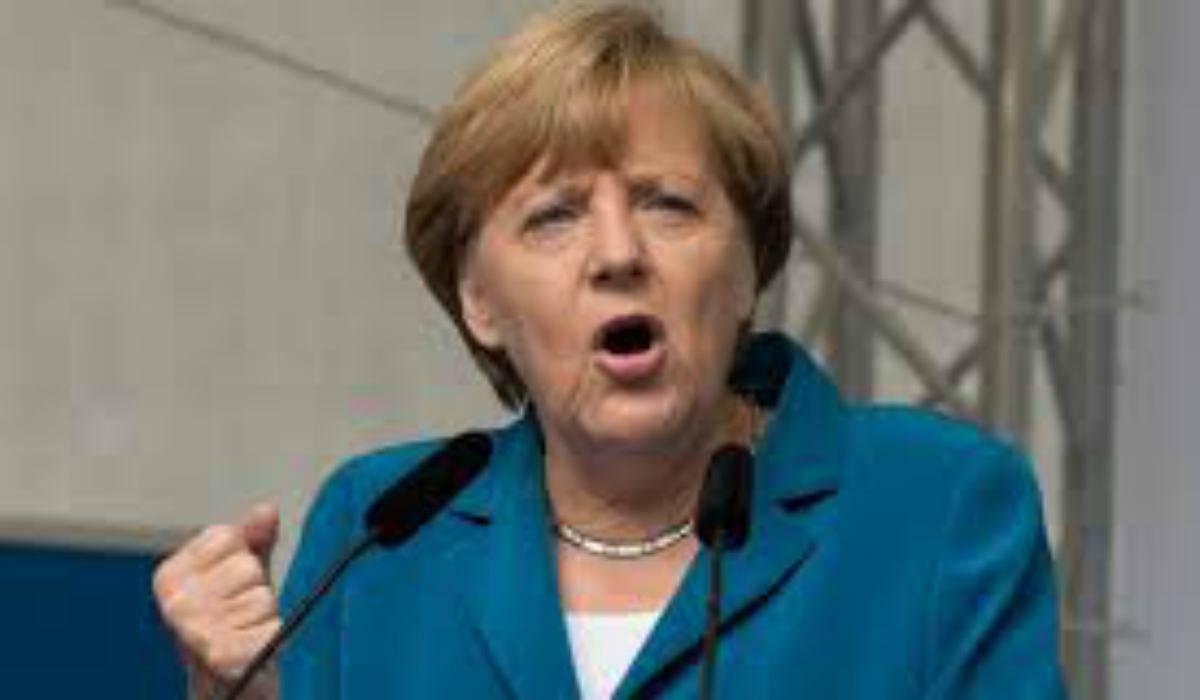 """Recovery Fund, Lagarde spinge ma la Merkel blocca: """"Restano i veti Ungheria e Polonia"""""""