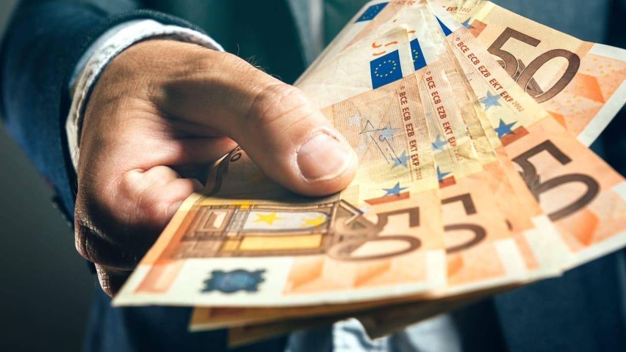 Pensioni dicembre 2020, pagamenti in anticipo e tredicesima