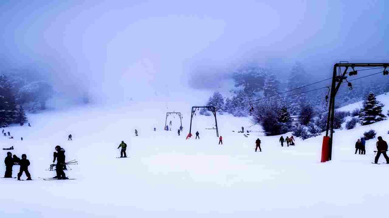 Piste da sci, regole per sciare in zone rosse e arancioni: la bozza del documento