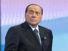 """Silvio Berlusconi assume la linea dura: """"Forza Italia non partecipa ai teatrini politici"""""""
