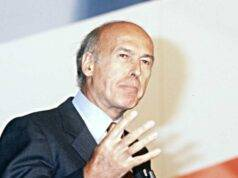 Francia, addio all'ex Presidente Valéry Giscard d'Estaing colpito dal Covid