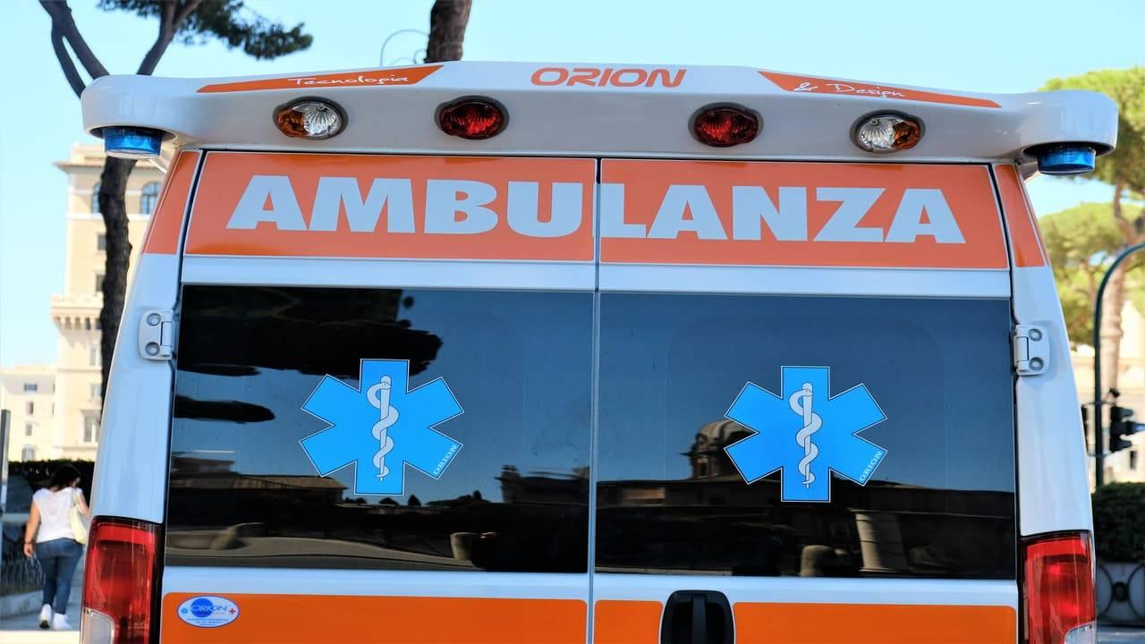 ambulanza colpita Milano