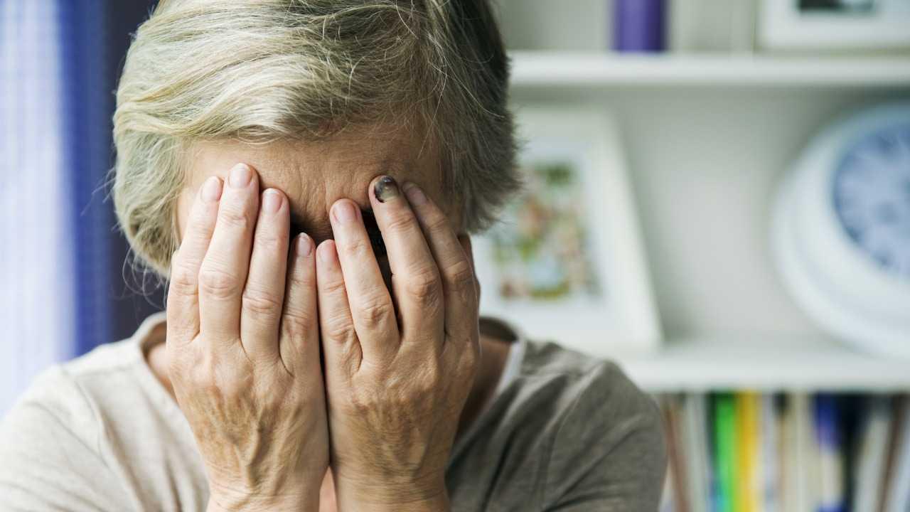 Roma, 63enne derubata dal badante e dall'agente immobiliare