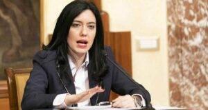 """Scuola, Ministro Azzolina inaugura il Natale digitale 2020: """" Chiediamo responsabilità"""""""