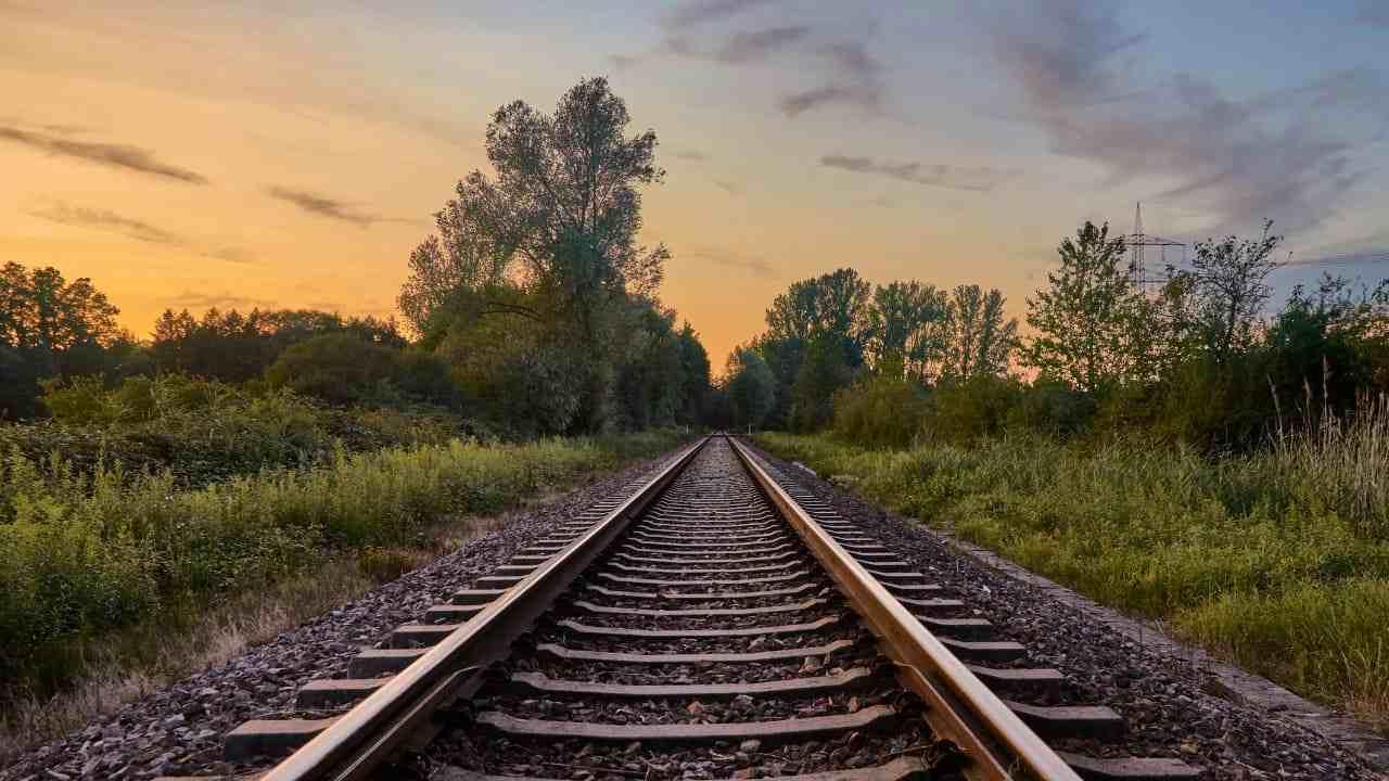 giovani travolti treno Savona