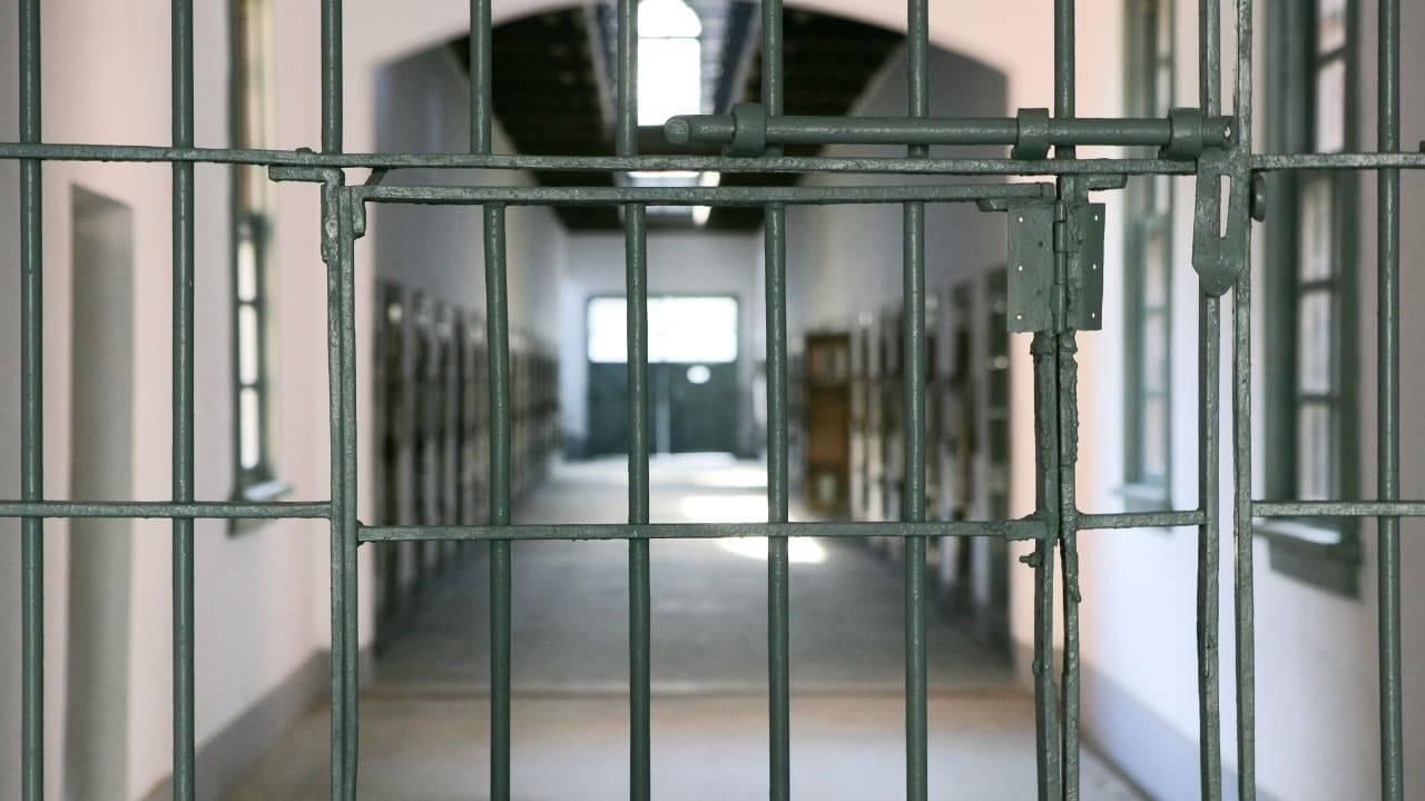 torture detenuti Firenze