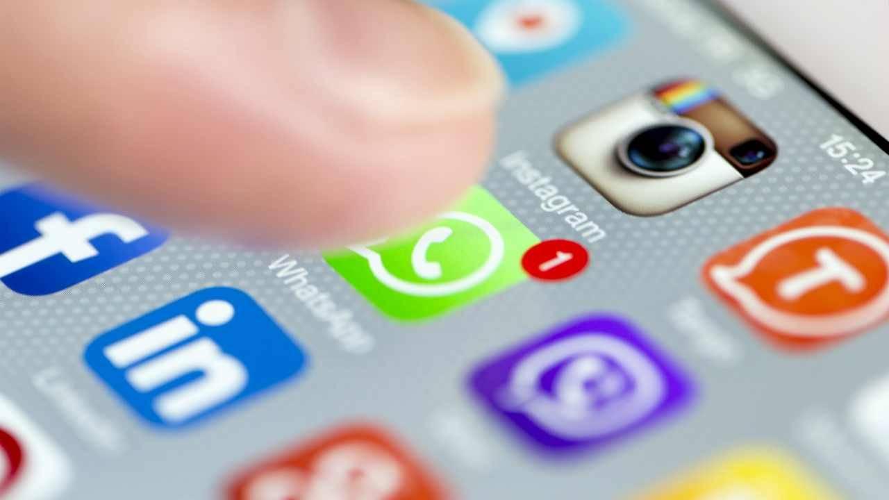 bambini abusati video whatsapp