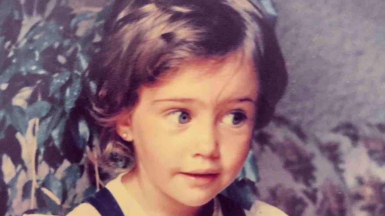 Ilenia Lazzarin da piccola bambina Un posto al sole