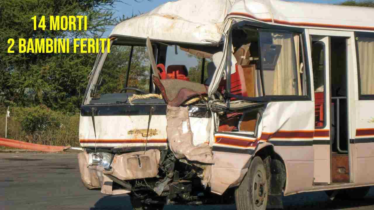India, incidente tra autobus e camion, morti e feriti bambini